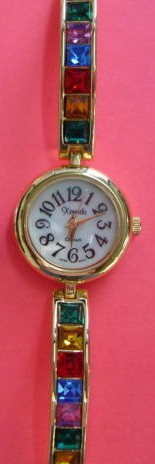 Ladies Single Link Stone Watch Gold