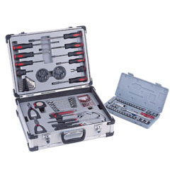 Picnic Time 101-Piece Tool Set